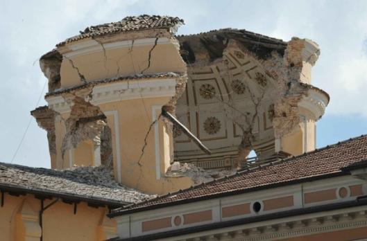 Santa Maria del Suffragio after earthquake 04-06-09