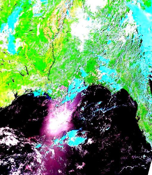 NOAA / NASA / MODIS false color image from satellite photo - May 31, 2010 - t1.10151.USA7.721.2000m - May 31 - 2010 - false color with high contrast - 2 - Gulf of Mexico oil spill