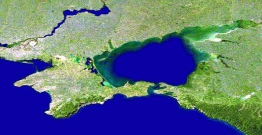 Одним из вопросов на референдуме в Крыму 16 марта будет вхождение АРК в состав России http://russian.rt.com/article/23749  pic.twitter.com/iU0FRHooTD